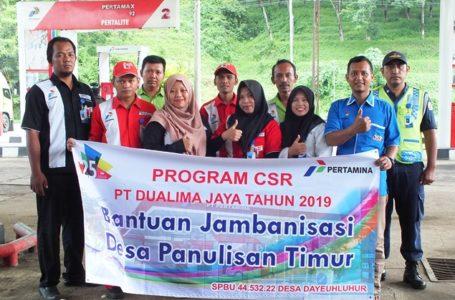 Karyawan dan Managemen SPBU 44.532.22. di Warung Batok Desa Panulisan Kecamatan Dayeuhluhur