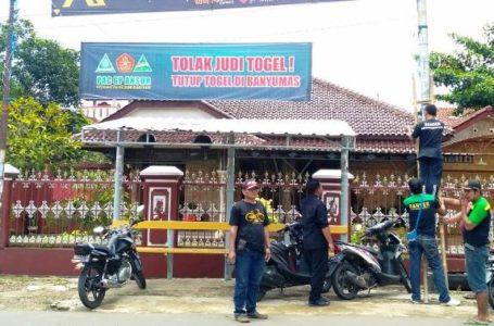 Ratusan 'Spanduk Tolak Togel' Tersebar di Banyumas PC GP Ansor Lanjutkan Aksi