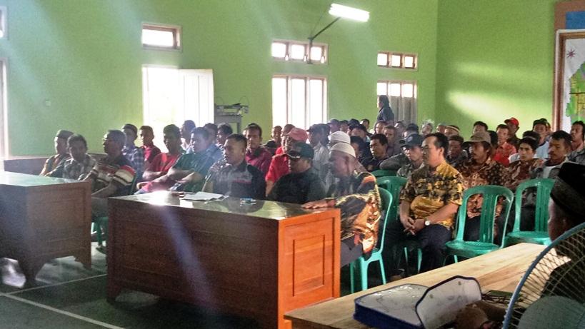 Warga Patemon Geruduk Balai Desa, Pembangunan Lembah Silangit Disoal