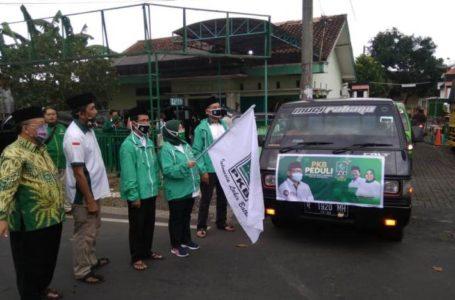 Siti Mukaromah selaku Ketua DPC PKB Banyumas dan Anggota DPR RI me launching PKB Peduli Tanggap Covid, , Minggu (17/5).