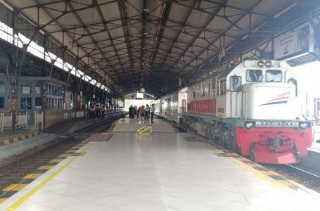 Penumpang Kereta Api Dari dan Menuju DKI Wajib Memiliki Surat Izin