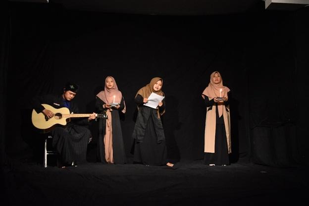 Peringati HPI, Santri An Najah Purwokerto Tampilkan Musikalisasi Puisi Karya Sapardi Djoko Damono