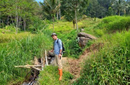 Petani Desa Cigintung Keluhkan Kondisi Irigasi