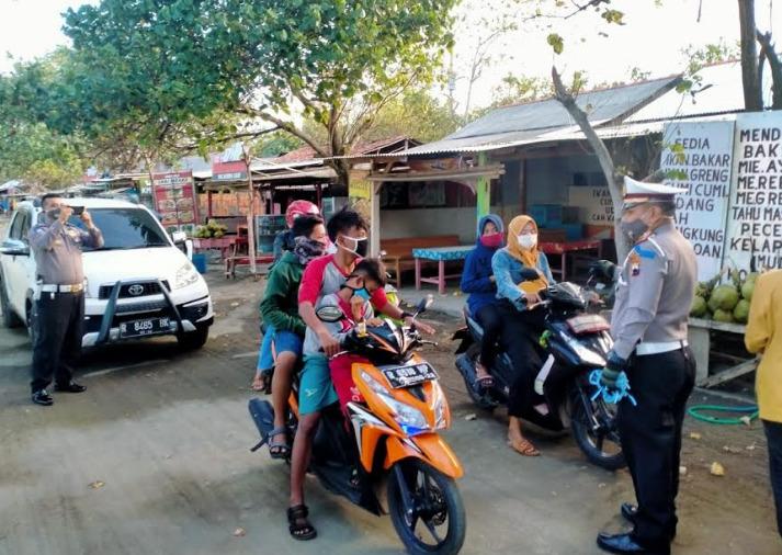 Operasi Patuh Sasar Tempat Wisata, Pengunjung Tak Berhelm Ditindak