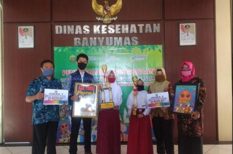 JUARA : Vonetta Carissa Dzakirah dari SD Negeri 1 Kebanggan Kecamatan Sumbang Kabupaten Banyumas berhasil menjadi juara pertama lomba lukis poster kesehatan.