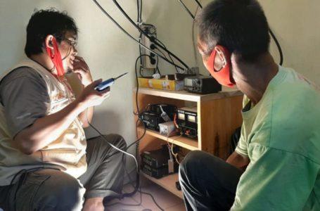 Para Teknisi Dibalik Proses Belajar dengan Radio Komunikasi