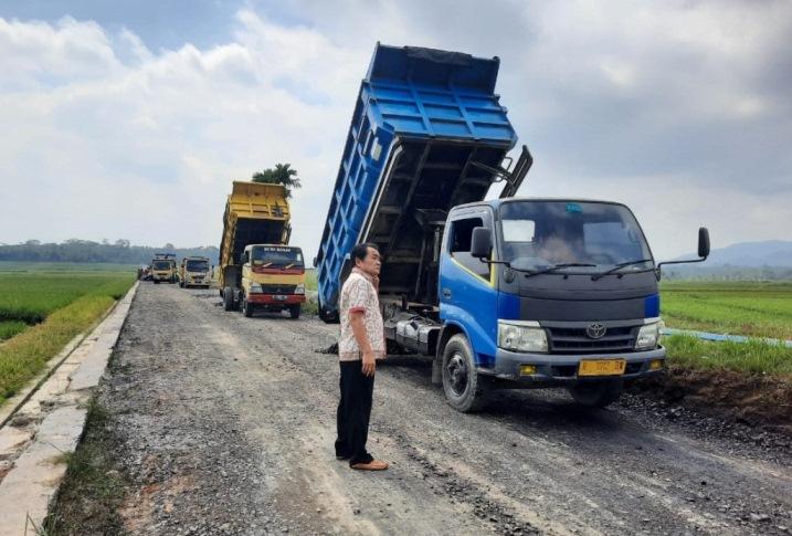 Digelontor 24 M, Jalan Wilayah Mandiraja Siap Moncer