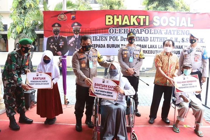 Kapolda Jateng Meresmikan Gedung Sarsipol dan Poliklinik Polres Banjarnegara