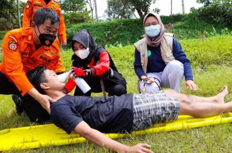Polres dan Sarsipol Latihan Pertolongan Korban Banjir di Banjarnegara