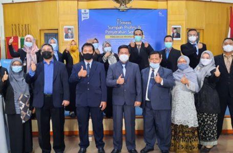 347 Mahasiswa Lulusan PPG UMP Ikuti Prosesi Sumpah Profesi