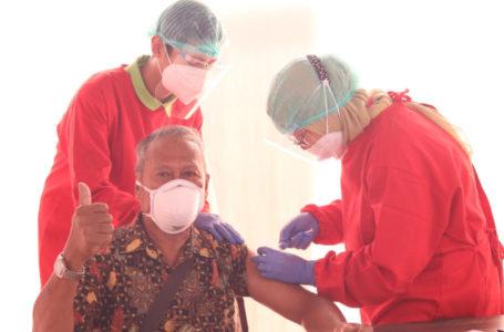 Perwira dan Pensiunan Kilang Pertamina Cilacap Jalani Vaksinasi Covid-19