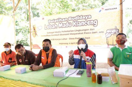 Pertamina RU IV Cilacap Beri Pelatihan Budidaya Lebah Madu Bagi Warga Terdampak Bencana