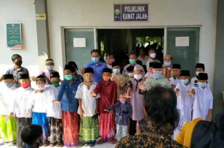 Jelang Ramadhan Puluhan Anak Ikuti Khitan Massal-banyumasekspres.id
