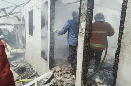 Gudang Kasur di Pagutan Desa Bojongsari Ludes Terbakar