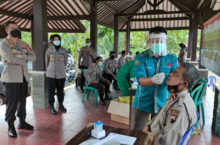 Pasca Operasi Ketupat Candi 2021, Ratusan Personil Polresta Banyumas Jalani Tes Swab.
