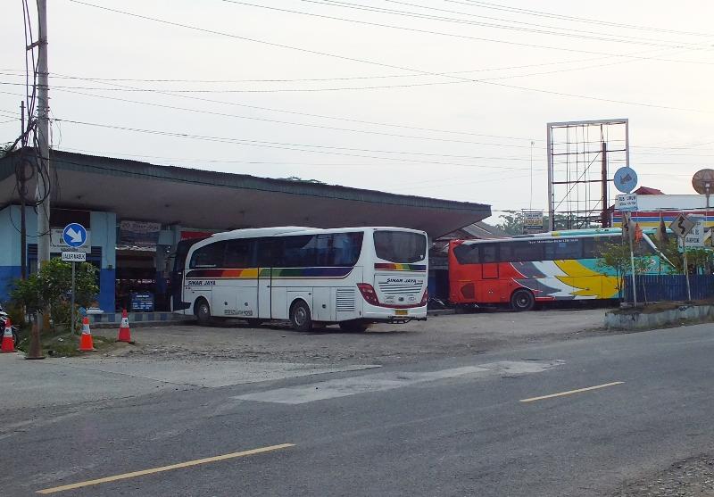 Pemudik Tak Mau Turun di Terminal Karangpucung_banyumas ekspres