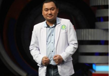 dr Agus Ujianto SpB
