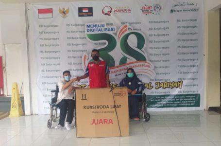 Pak Jirno Sambut Kursi Roda untuk Mobilitas dan Tempat Kais Rejeki