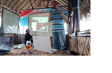 Operator SID Dari 17 Desa ikut Pelatihan Jurnalistik
